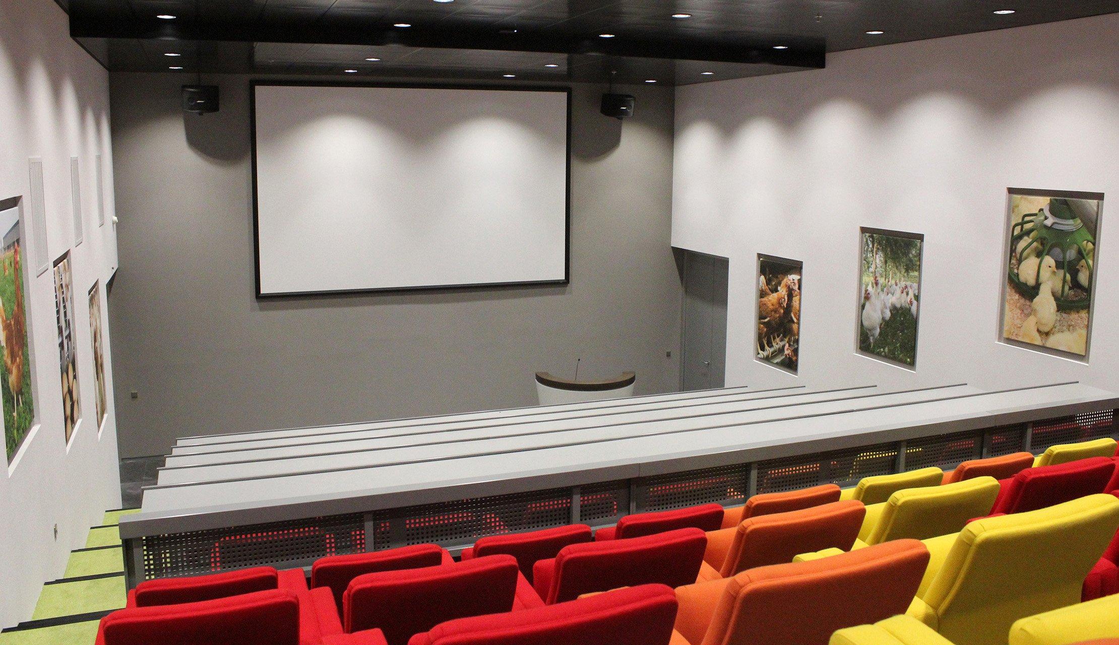 Venco-Campus-auditorium-(3)
